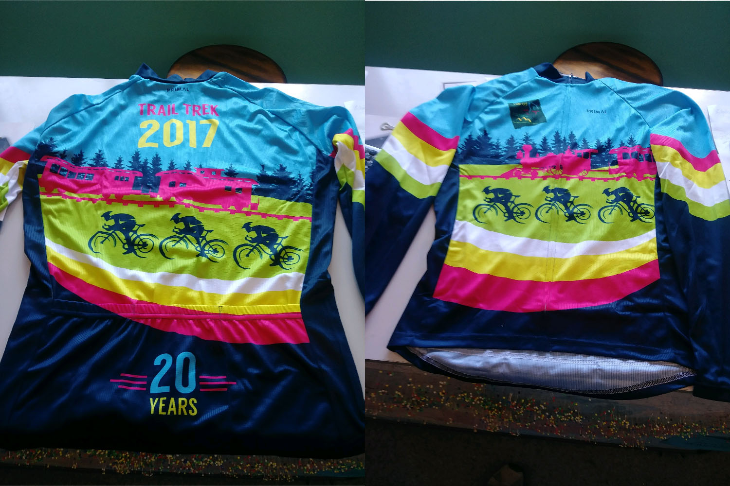 Long-Sleeved Blue & Pink Jersey